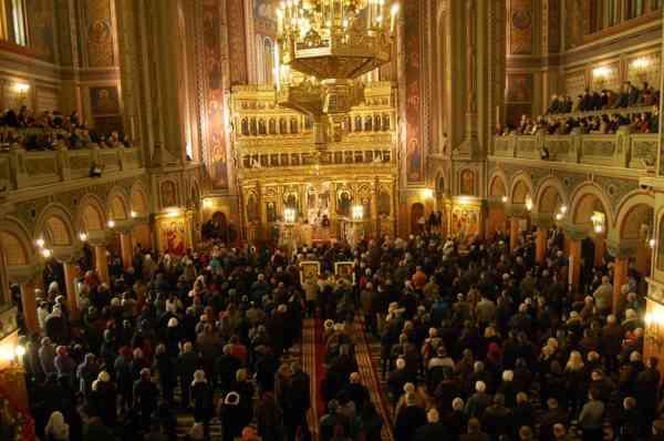 Cultele religioase au cerut Guvernului să nu închidă bisericile de Crăciun