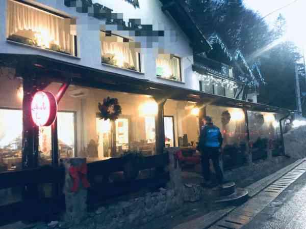 Jandarmii au spart mai multe petreceri de Revelion, organizate la cabane din Colibița sau Piatra Fântânele