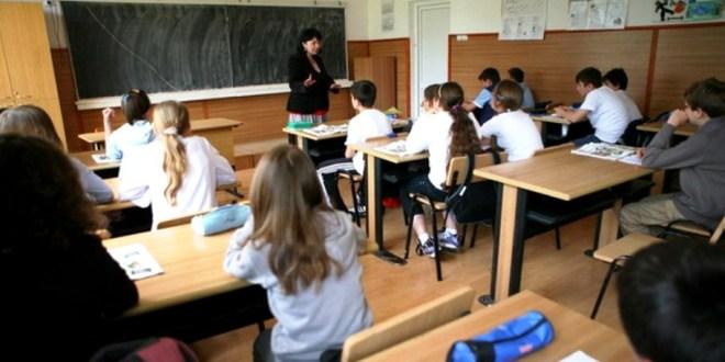 Se micșorează numărul elevilor în clasele a IX-a de liceu