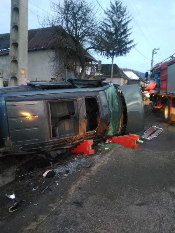 Bărbat rănit într-un accident produs în localitatea Galații Bistriței (FOTO)