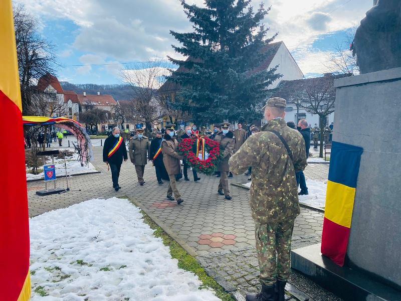 Mica Unire, sărbătorită la Bistrița fără tradiționala Horă a Unirii (FOTO)