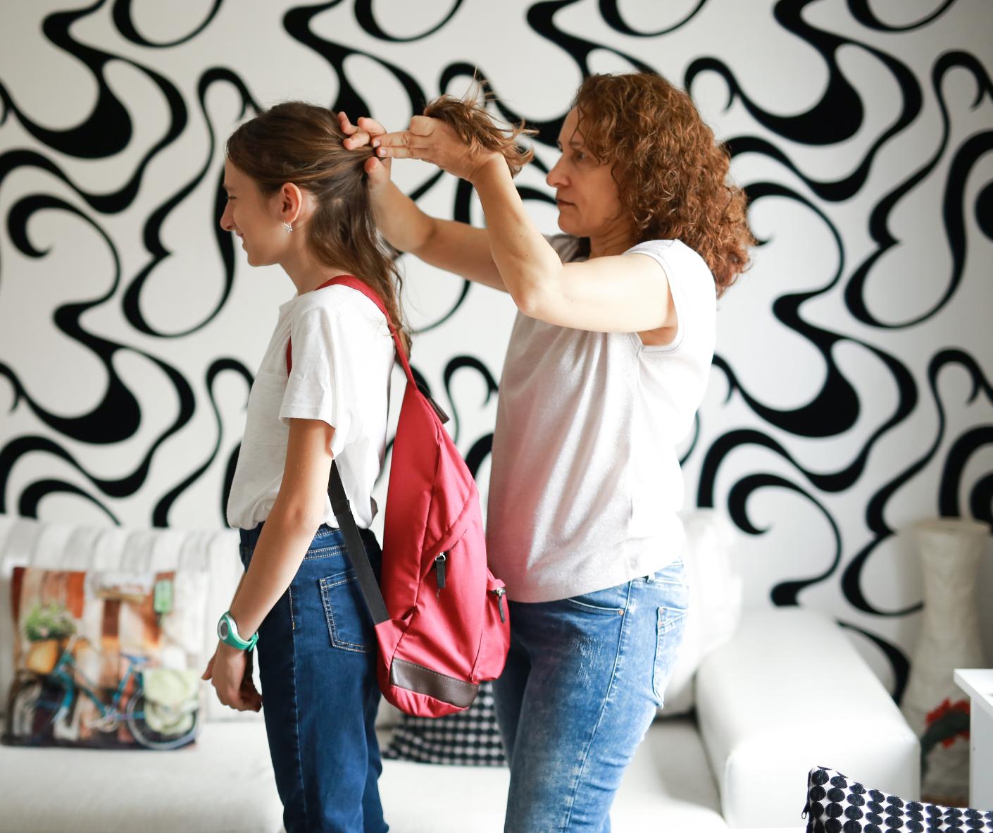 Coafuri usoare si originale pentru fetite – 6 idei de incercat pentru inceputul anului scolar